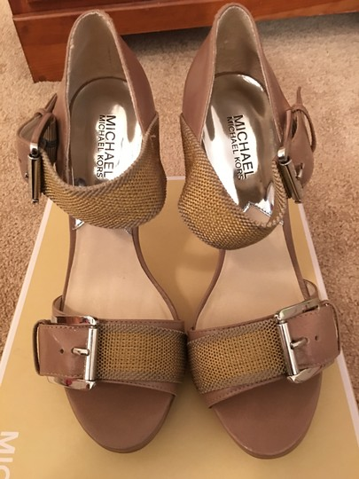 MICHAEL Michael Kors Taupe/Gold Sandals Image 1