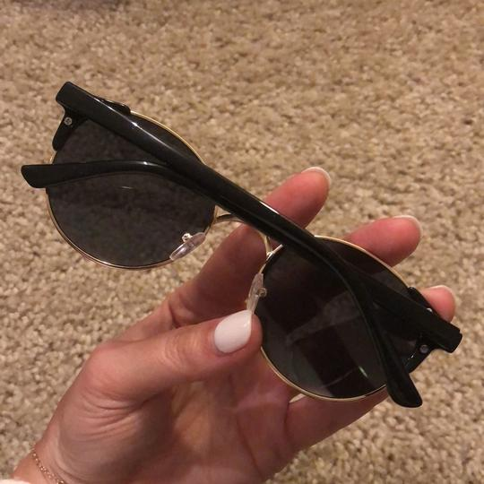 YHF The Zoe Report Exclusive Sunglasses Image 2