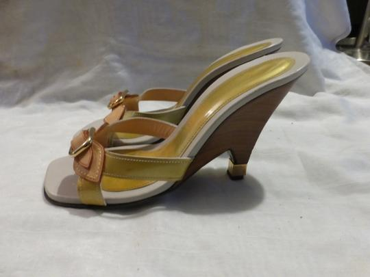 Louis Vuitton tan leather & yellow green patent leather Wedges Image 3
