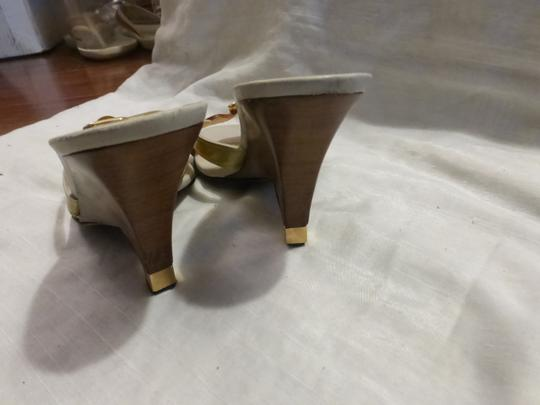 Louis Vuitton tan leather & yellow green patent leather Wedges Image 5
