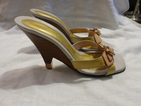 Louis Vuitton tan leather & yellow green patent leather Wedges Image 7