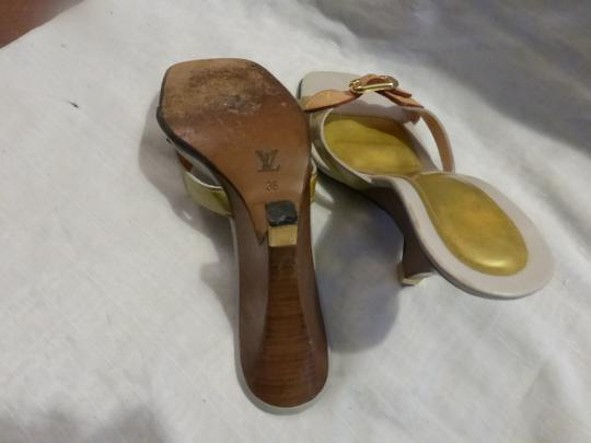 Louis Vuitton tan leather & yellow green patent leather Wedges Image 9