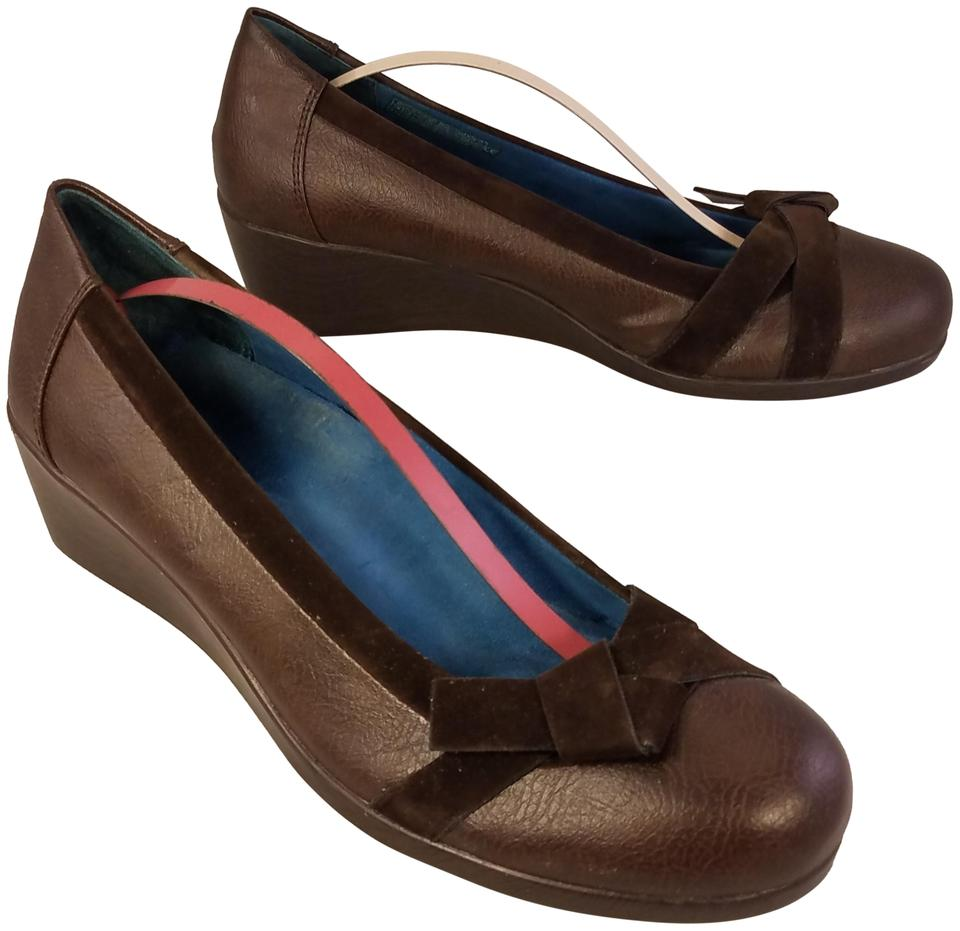 25ee314ae86d Vionic Brown Orthaheel Wedges Size US 8.5 Regular (M, B) - Tradesy