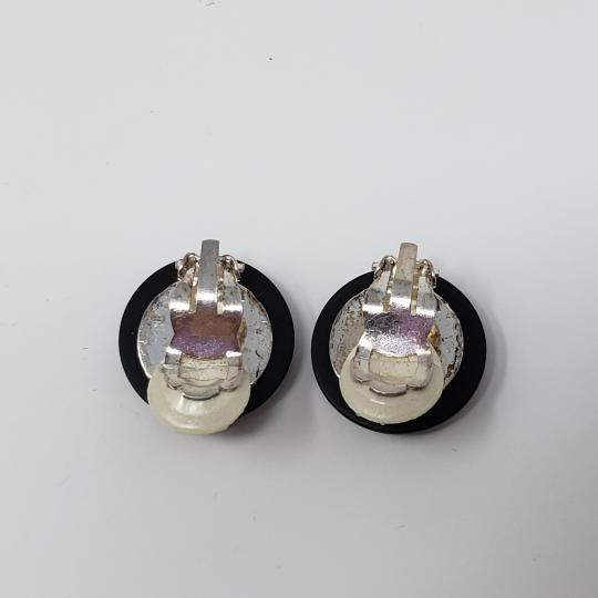 Chanel Silver-tone Chanel crystal Interlocking CC button earrings Image 9