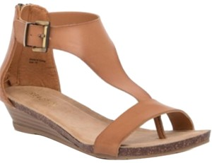 Kenneth Cole Toffee Sandals