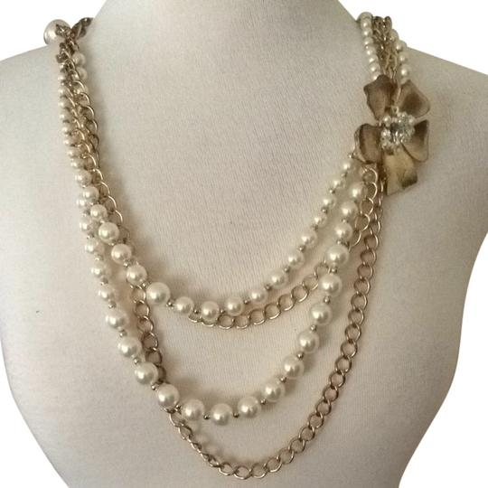 Forever 21 faux pearl accent