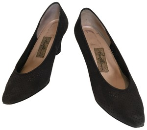 Amalfi Suede Perforated Kitten Heels Made In Italy Black Pumps