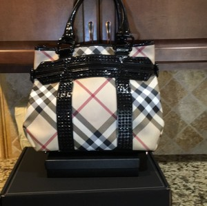 Burberry Tote in Check Coated