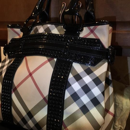 Burberry Tote in Check Coated Image 1
