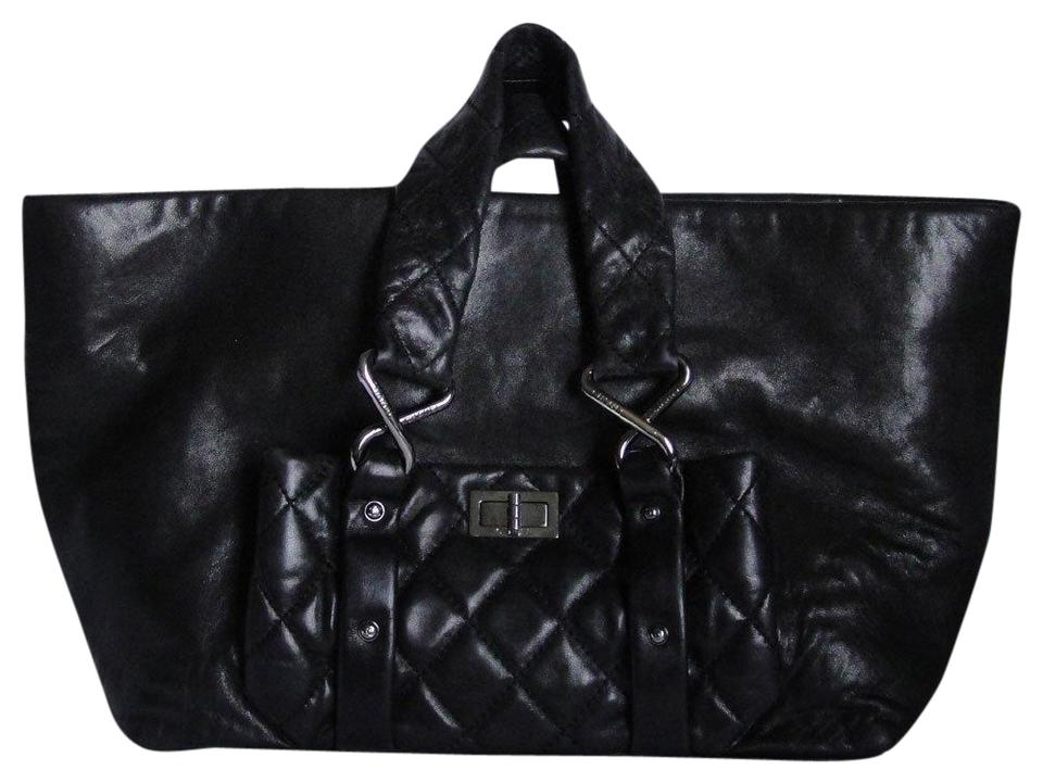 23efdfde2f7a Chanel Vintage Preowned Lambskin Caviar Leather Chain Tote in black Image 0  ...