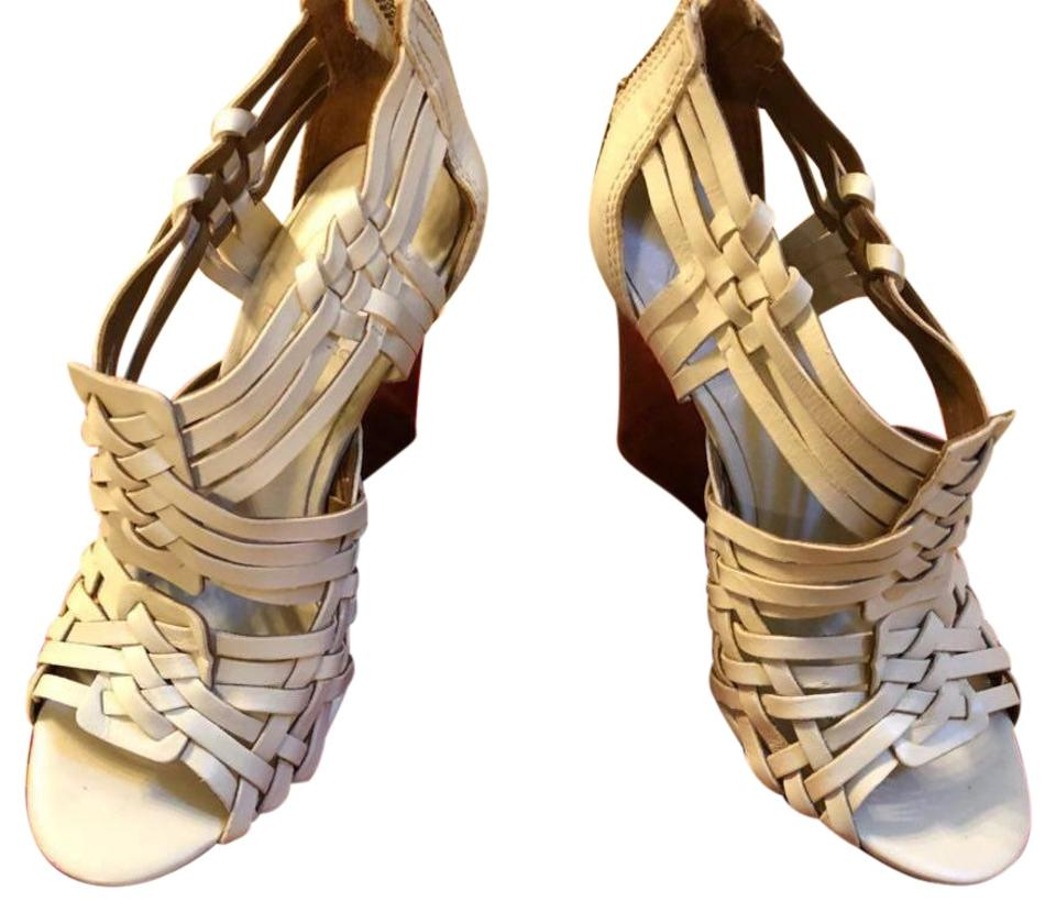 5445e67d6645 Tory Burch Off White Tevray Leather Wedges Size US 5.5 Regular (M