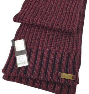 Burberry NWT Authentic Burberry Burgundy Knit Scarf