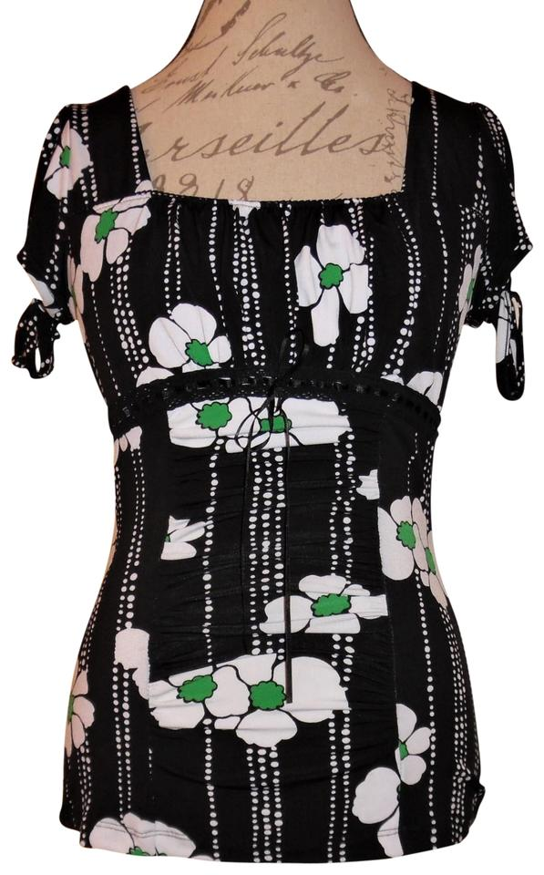 bbd4bb544a3 Trixxi Tied Sleeves Cap Sleeves Stretch Flowers Top Black, Green, White  Image 0 ...