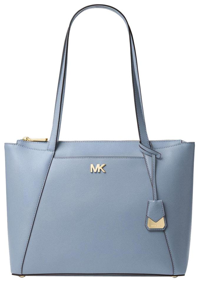 416a2ccd173f Michael Kors Maddie East West Pale Blue Leather Tote - Tradesy