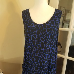 Bella Luxx short dress Black and blue on Tradesy