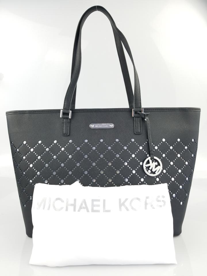 a4225b2c6f60 Michael Kors Violet Black Leather Tote - Tradesy