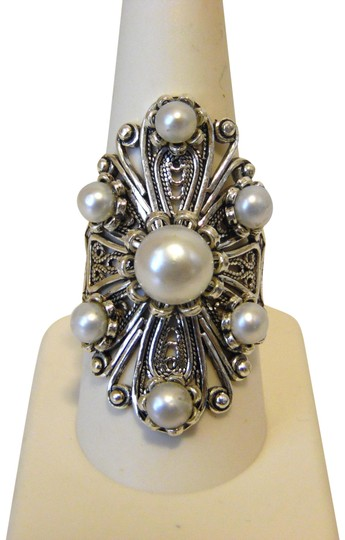 Preload https://img-static.tradesy.com/item/23746539/sterling-silver-ottoman-cultured-freshwater-pearl-floral-size-9-ring-0-3-540-540.jpg