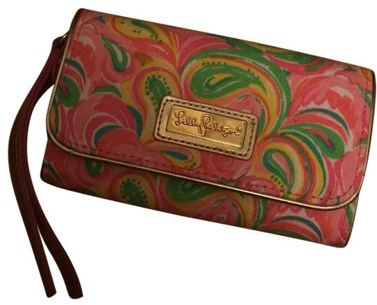Preload https://img-static.tradesy.com/item/23746715/lilly-pulitzer-pink-and-multi-colored-as-depicted-classic-clutch-0-1-540-540.jpg