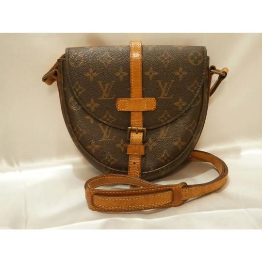 Preload https://img-static.tradesy.com/item/23746855/louis-vuitton-chantilly-pm-monogram-canvas-cross-body-bag-0-14-540-540.jpg