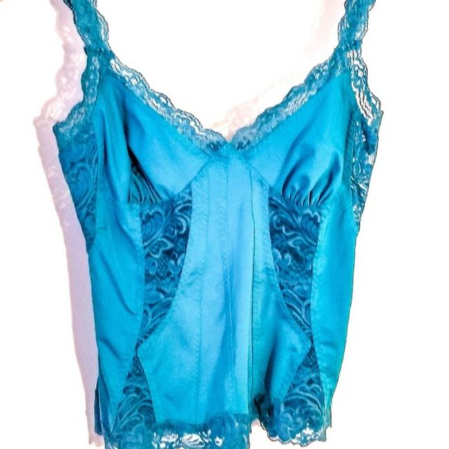 Preload https://img-static.tradesy.com/item/23748680/frederick-s-of-hollywood-teal-silklace-tank-topcami-size-8-m-0-0-650-650.jpg