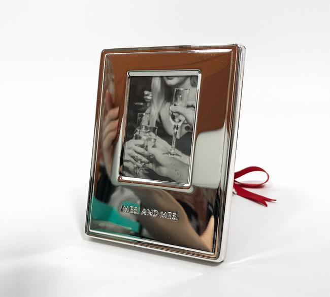 Item - Silver Darling Point Mrs. & Mrs. Ornament Picture Photo Frame