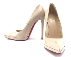 Christian Louboutin Patent Leather beige Pumps