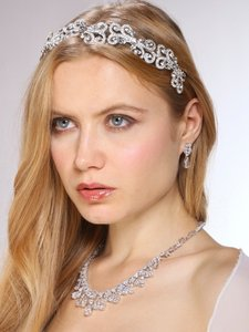 Hollywood Glamour Crystal Necklace & Earrings Couture Jewelry Set