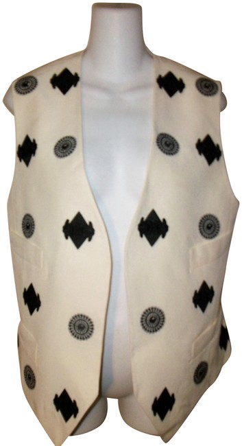 Preload https://img-static.tradesy.com/item/23751056/gianfranco-ferre-white-and-black-silk-embroidered-open-front-vest-size-4-s-0-1-650-650.jpg