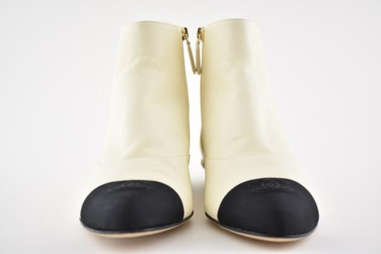 Chanel Stiletto Leather Lambskin Ankle ivory Boots Image 3