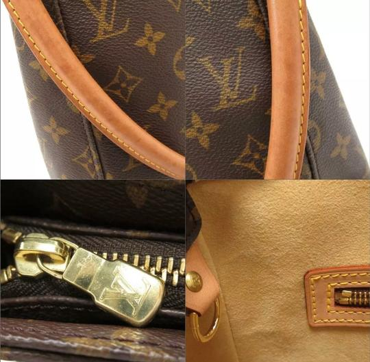 Louis Vuitton Tote in monogram canvas Image 6