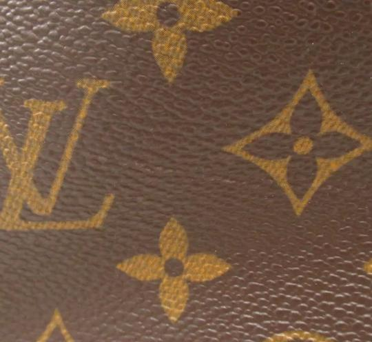 Louis Vuitton Tote in monogram canvas Image 7