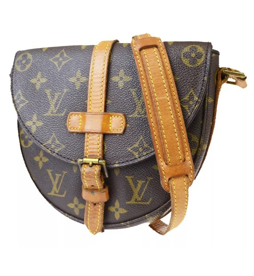 Preload https://img-static.tradesy.com/item/23751999/louis-vuitton-chantilly-shanti-pm-mini-monogram-canvas-cross-body-bag-0-8-540-540.jpg