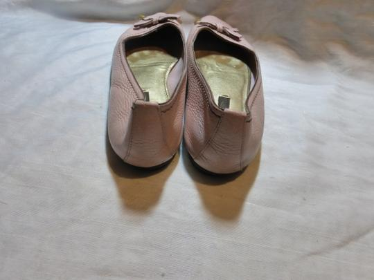 LOUIS VUITTON LIGHT PINK LEATHER Flats Image 5