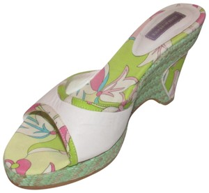 Emilio Pucci Dressy Or Casual Mule Style W/ Buckle Wedge Heels Excellent Vintage Perfect For Summer white leather and abstract floral print with teal green raffia Sandals