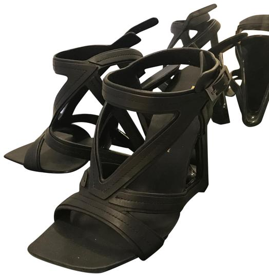 Preload https://img-static.tradesy.com/item/23752563/united-nude-black-sandals-size-us-7-regular-m-b-0-1-540-540.jpg