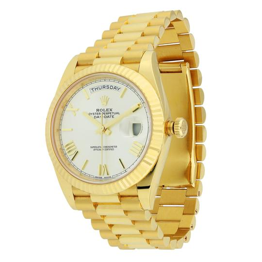 Rolex Rolex Day Date 40 President Yellow Gold Champagne Dial 228238 Image 1