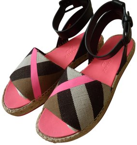 Burberry Summer Casual Pink Sandals