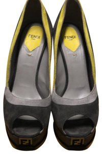 Fendi Grey Pumps