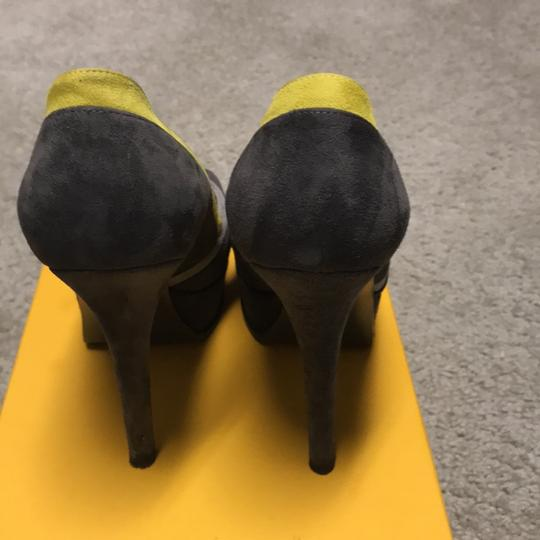 Fendi Grey Pumps Image 2