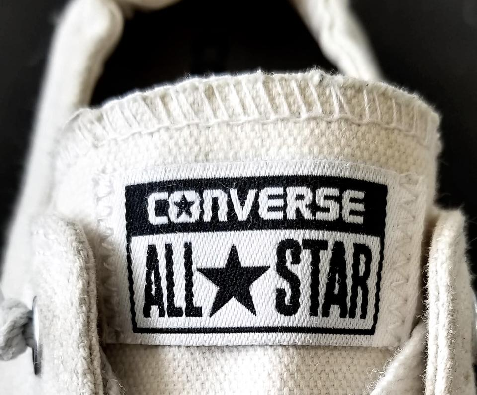 6e4fca950f4a4 Converse Off-white Chuck Taylor All Star Shoreline Slip-on Sneakers Size US  8 Regular (M, B) 34% off retail