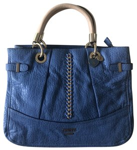 Guess Tote in Blue