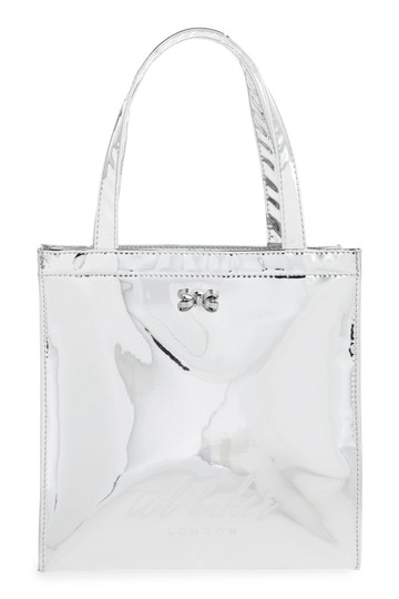 Preload https://img-static.tradesy.com/item/23754172/ted-baker-london-doracon-small-icon-silver-polyurethane-tote-0-0-540-540.jpg