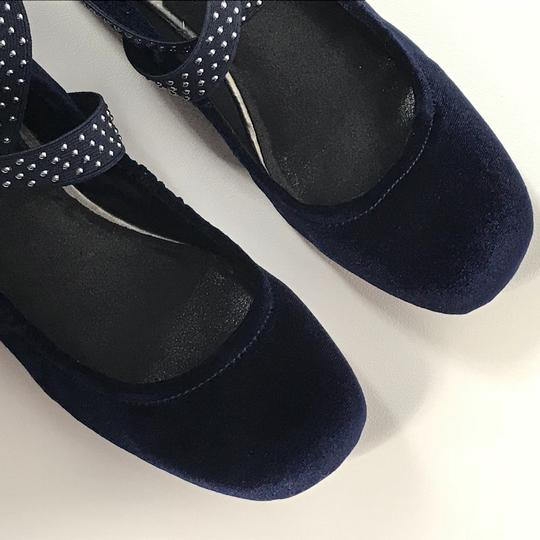 Kenneth Cole Reaction Navy Blue Flats Image 1
