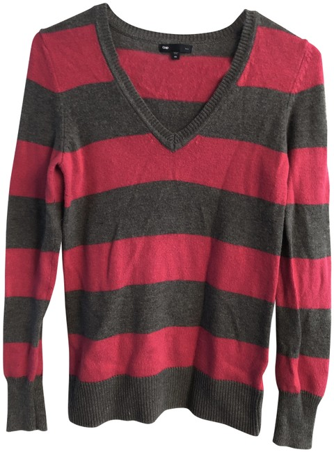 Preload https://item5.tradesy.com/images/gap-gray-rugby-stripe-sweaterpullover-size-2-xs-23755354-0-1.jpg?width=400&height=650