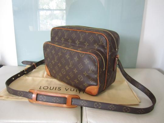 Preload https://item1.tradesy.com/images/louis-vuitton-nile-monogram-brown-canvas-and-leather-shoulder-bag-23755360-0-2.jpg?width=440&height=440