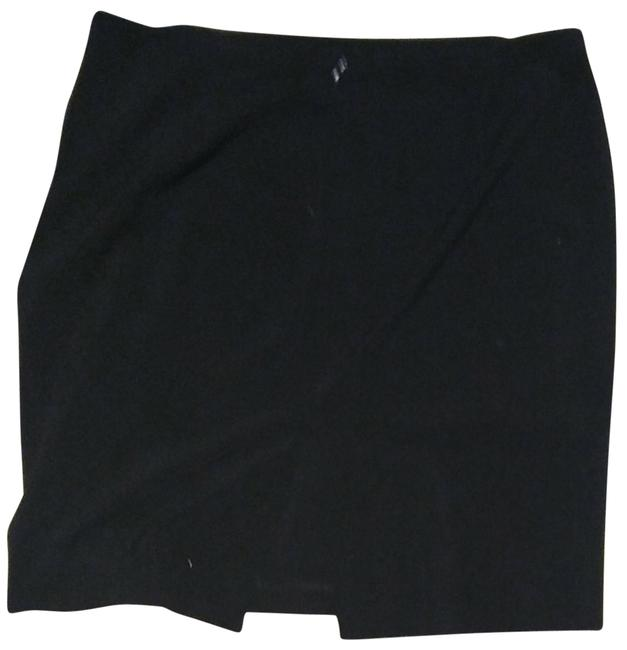 Preload https://item2.tradesy.com/images/new-york-and-company-black-stretch-knee-length-skirt-size-16-xl-plus-0x-23755416-0-1.jpg?width=400&height=650