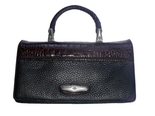 Preload https://img-static.tradesy.com/item/23755666/brighton-top-handle-croc-embossed-wallet-clutch-black-and-brown-leather-wristlet-0-0-540-540.jpg