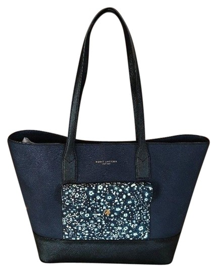Preload https://img-static.tradesy.com/item/23755757/marc-jacobs-college-peacoat-multi-saffiano-leather-tote-0-1-540-540.jpg