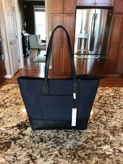 Marc Jacobs Saffiano Leather Shoulder Navy/Black Moo12527 Tote in Peacoat Multi