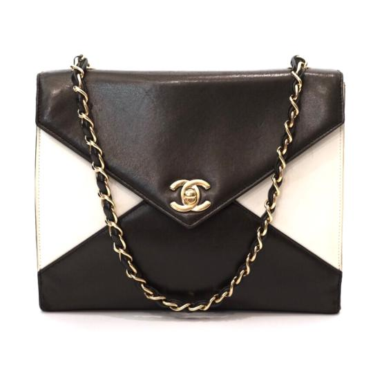 Preload https://img-static.tradesy.com/item/23755853/chanel-colorblock-bicolor-envelope-flap-turnlock-chain-shoulder-brown-and-white-leather-satchel-0-1-540-540.jpg